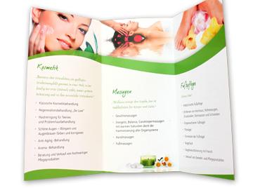 Flyer Kosmetikstudio Innenansicht